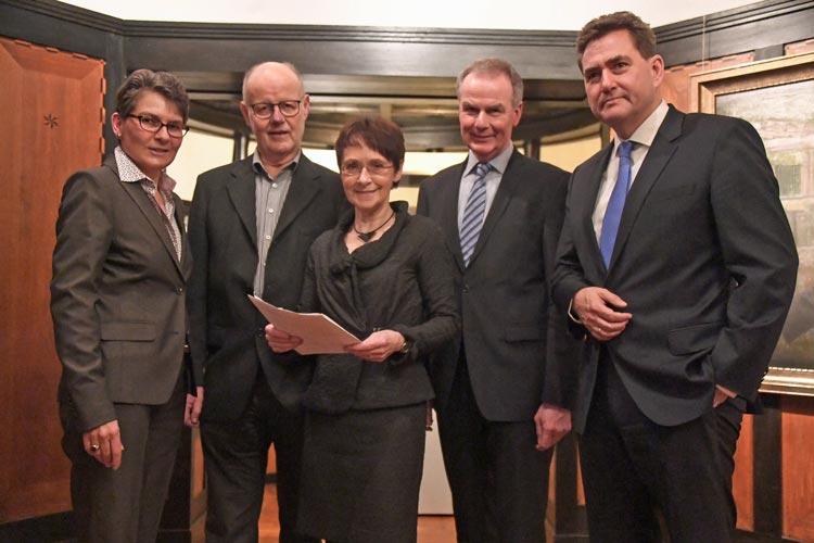 Gabriele Mesch, Hans-Richard Schwartz, Inge von Danckelman, Michael Kroos und Jürgen Müllender gehören dem Vereinsvorstand des Fördervereins für das Stadtmuseum an.
