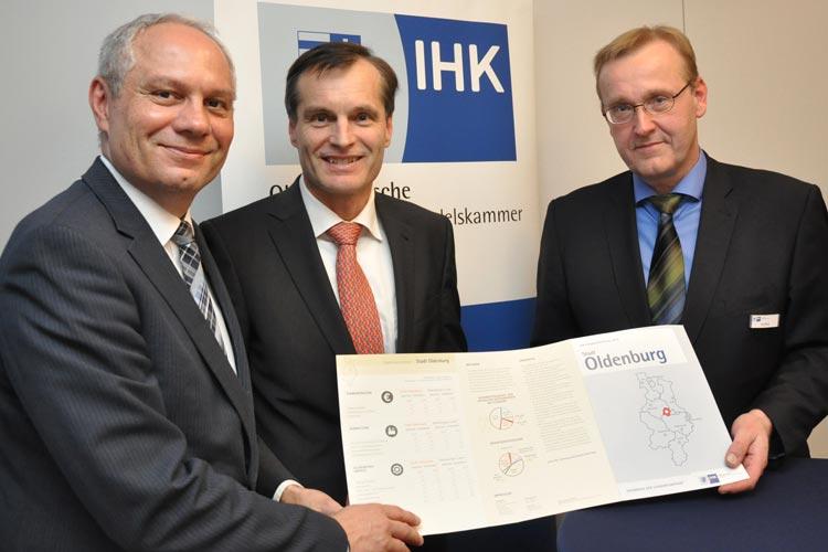 Holger Kierstein, Felix Thalmann und Bernd Seifert stellten das Ergebnis der IHK-Umfrage für die Stadt Oldenburg als Wirtschaftsstandort vor.