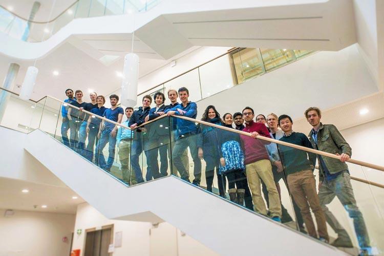 Studierende aus Oldenburg und Emden nehmen beim Wettbewerb Hyperloop Pod Competition II an der Endrunde in Kalifornien teil.