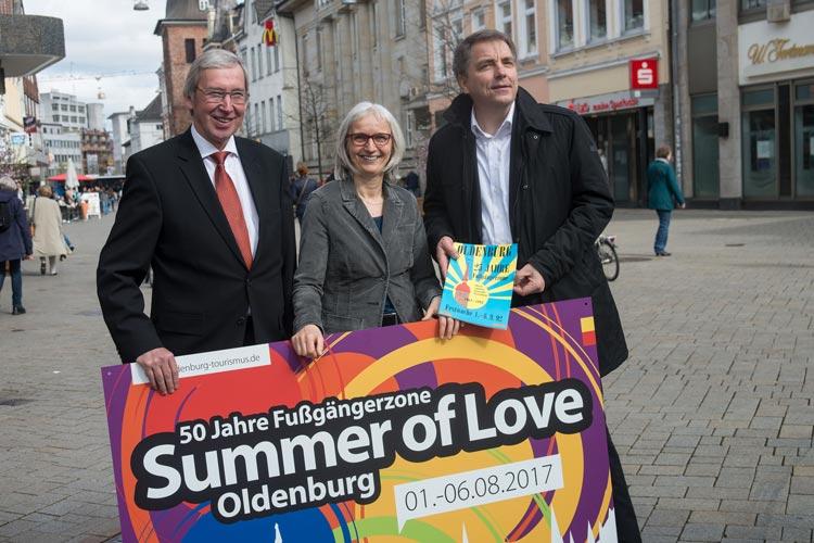 Mit der ersten flächendeckenden Fußgängerzone in Deutschland sorgte Oldenburg 1967 für bundesweit Schlagzeilen. Das wird jetzt gefeiert.