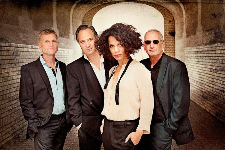 Die Jazzsängerin Lyambiko ist mit ihrem Quartett am 13. Mai ab 22.15 Uhr im Hauptfoyer zu hören.