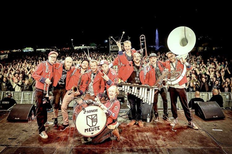 Die Techno-Marching-Band Meute wird auf dem Oldenburger Kultursommer spielen.
