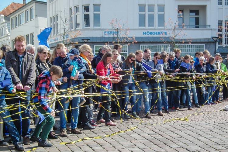 Auch am letzten Sonntag haben sich Befürworter der Pulse of Europe-Bewegung in Oldenburg versammelt, um ein Zeichen für ein geeintes Europa zu setzen.