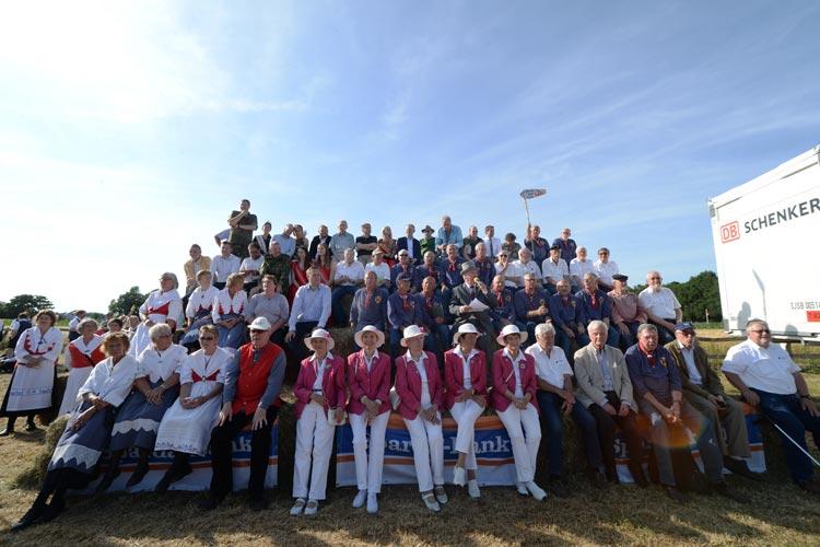 Zum  33.  Mal  haben  sich  gestern  mehr  als  1000  Gäste  bei Fokkis  Weidenfest  getroffen,  darunter Ministerpräsident Stephan Weil als Ehrengast.