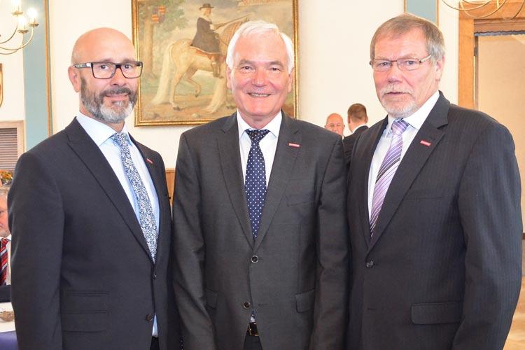 Heiko Henke, Michael Koch und Manfred Kurmann sprachen vor der Vollversammlung der Handwerkskammer in Oldenburg.