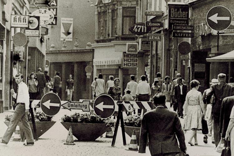 Bau der Fußgängerzone, Lange Straße, Juli 1967.