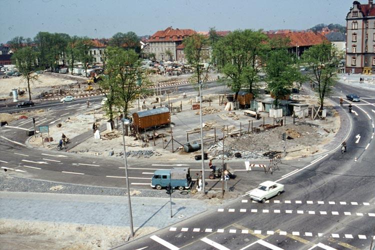 1967 wurde der Oldenburger Pferdemarkt umgebaut.
