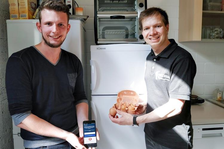 Der Abelsoft-Geschäftsführer Dr. Sven Abels und der zuständige Entwickler Gerrit Klasen haben eine App für Verbraucher entwickelt.