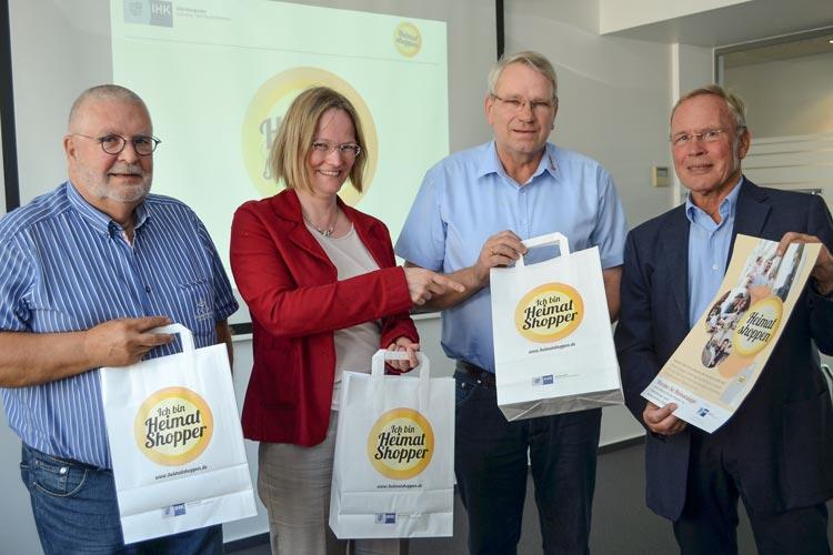 Werben für Heimat shoppen: Wilfried Kolodziej, Carola Havekost, Dieter Bunke und Dirk Eden.
