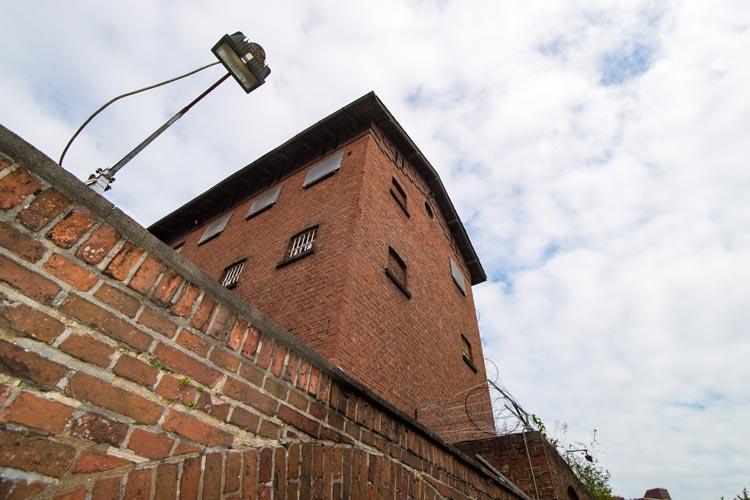 Seit 2013 nicht mehr in Betrieb: Die alte JVA in der Gerichtsstraße in Oldenburg.