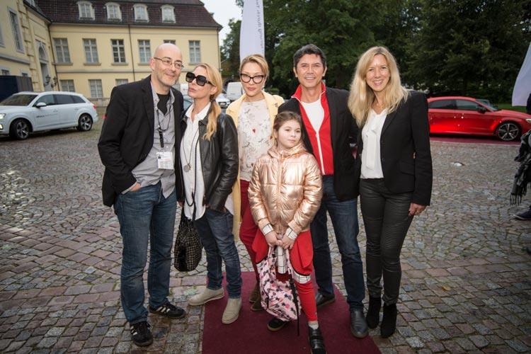 Lou Diamond Phillips ist mit Ehefrau und Tochter nach Oldenburg gekommen.