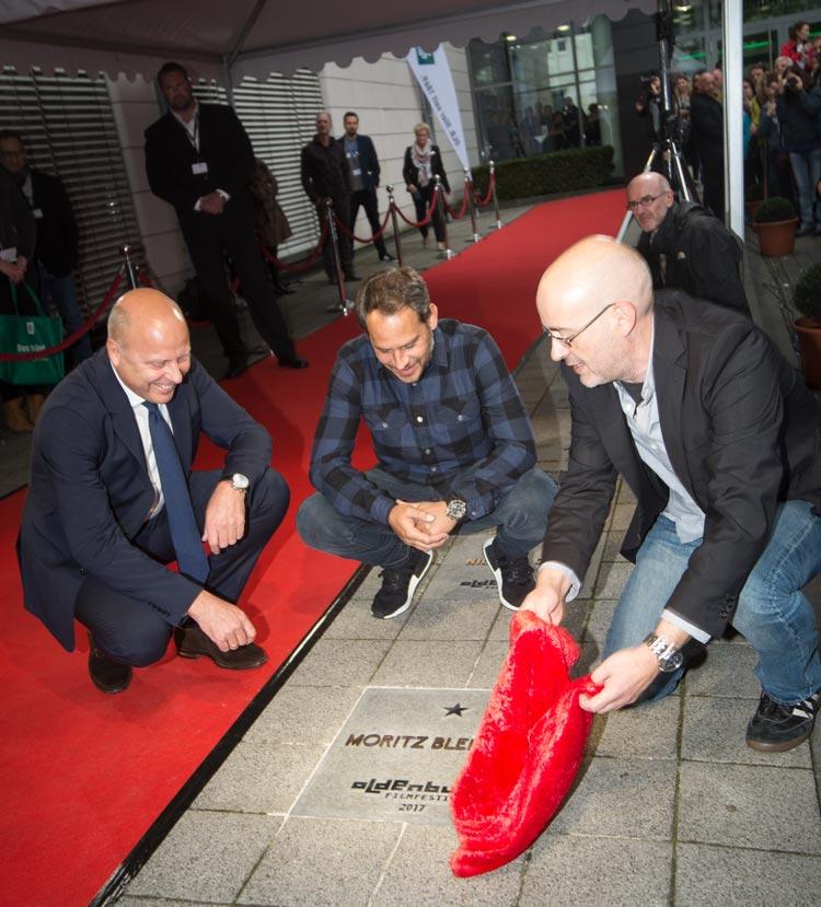 Moritz Bleibtreu bei der Sternen-Enthüllung auf dem OLB-Walk of Fame in Oldennburg.