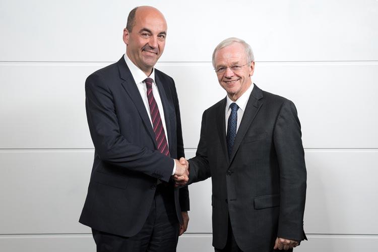 tefan Dohler, künftiger Vorstandsvorsitzender der EWE AG, und Bernhard Bramlage, Vorsitzender des EWE-Aufsichtsrates.