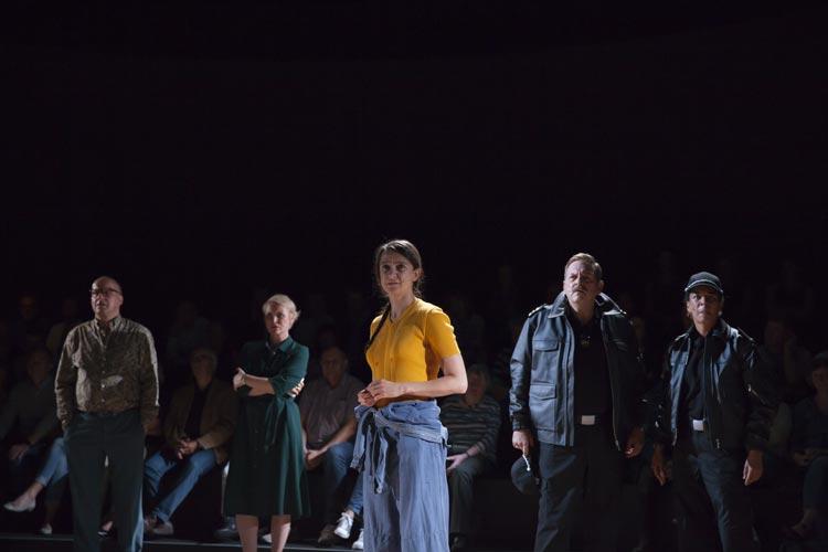 Wie schön wäre die Welt, wenn es Dramen wie Utøya, das derzeit im Oldenburgischen Staatstheater zu sehen ist, nicht geben müsste.