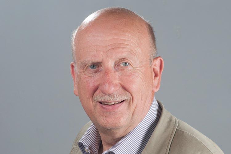 Hans-Henning Adler (Die Linke) kandidiert zur Niedersächsischen Landtagswahl.