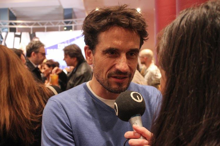 Oliver Mommsen.