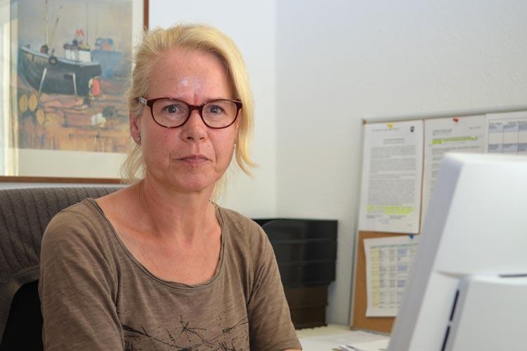 Anja Lütgens von der Stiftung Anerkennung und Hilfe in Oldenburg berät Betroffene.