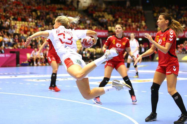 Die dänische Mannschaft in Aktion.