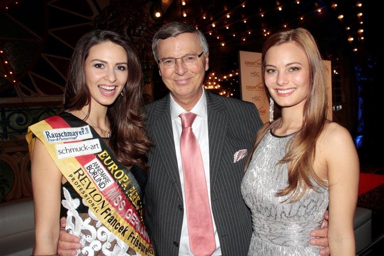 Doris Schmidts, Miss Germany 2009 aus Karlsruhe, Wolfgang Bosbach mit Tochter Viktoria Bosbach bei der Wahl zur Miss Germany 2016 im Europa-Park in Rust.