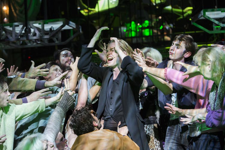 Oedo Kuipers spielt den Jesus in Jesus Christ Superstar am Oldenburgischen Staatstheater.