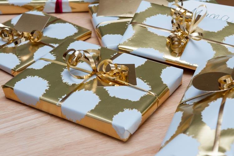weihnachtsgeschenke tipps zu umtausch und reklamation. Black Bedroom Furniture Sets. Home Design Ideas
