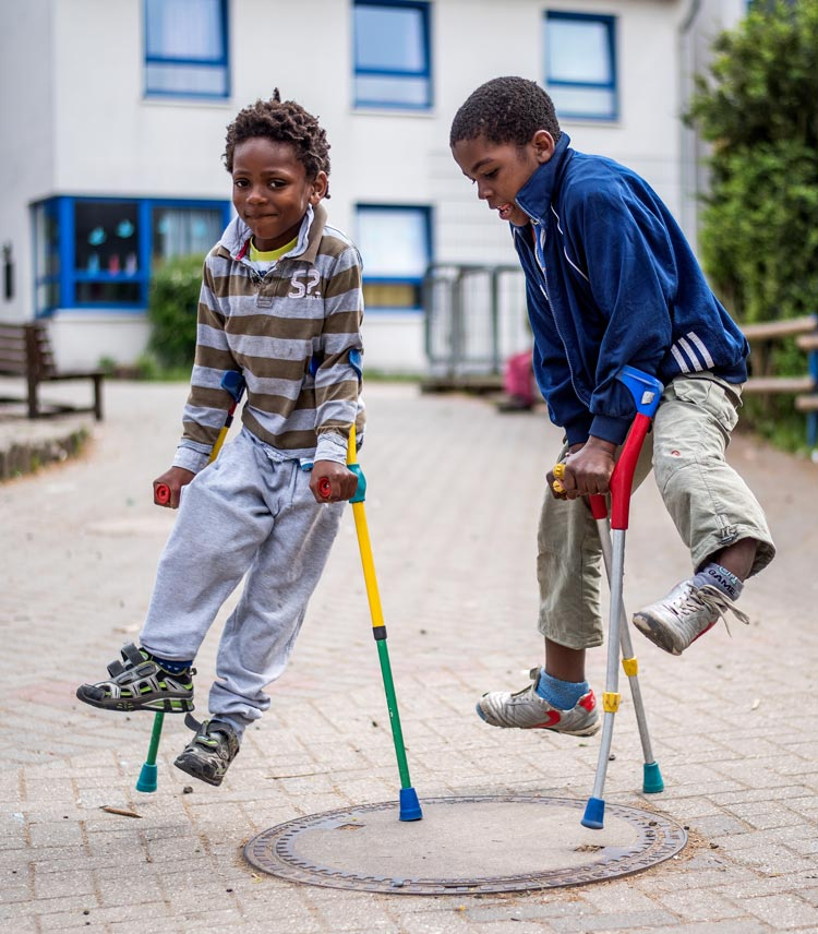 Durch die Behandlungen in Deutschland erhalten die Kinder neue Lebensfreude. Zurzeit werden Kliniken gesucht, die sich an dem Projekt beteiligen.