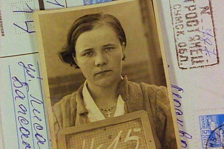 """Werkstattfilm zeigt den Dokumentarfilm """"Der Reichseinsatz. Zwangsarbeit im Deutschen Reich"""" von Wolfgang Bergmann."""