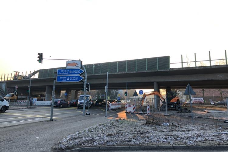 Ab Freitag wird der zweite Teil der alten Autobahnbrücke an der Alexanderstraße abgerissen.