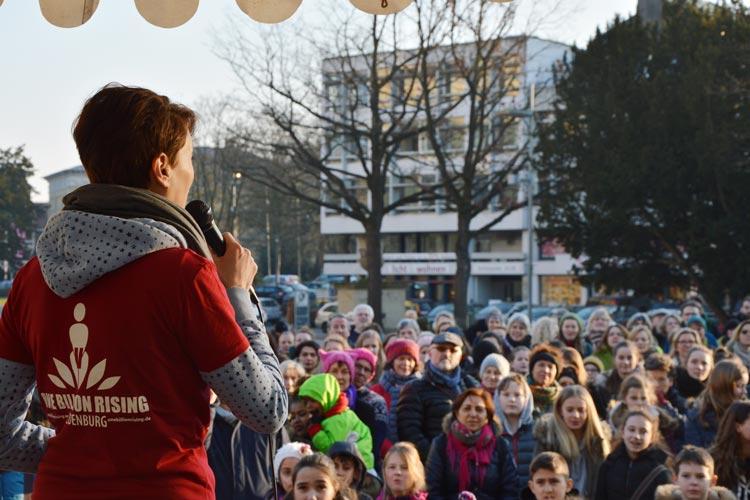 """Auch in diesem Jahr beteiligt sich Oldenburg wieder an der weltweiten Aktion """"One Billion Rising""""."""