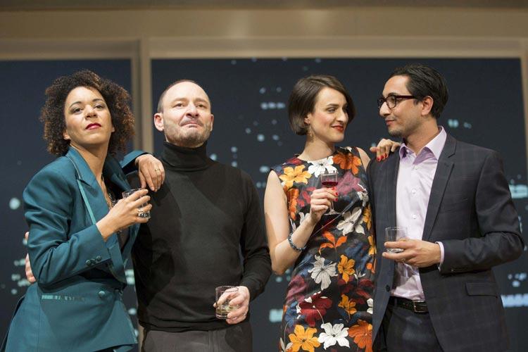 """Das Drama """"Geächtet"""" von Ayad Akhtar ist derzeit im Kleinen Haus des Oldenburgischen Staatstheaters zu sehen."""