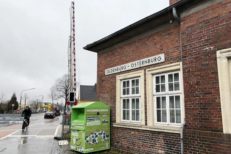 Ob der stillgelegte Stadtteilbahnhof Osternburg Teil einer Stadtbahnlinie werden kann, soll geprüft werden.