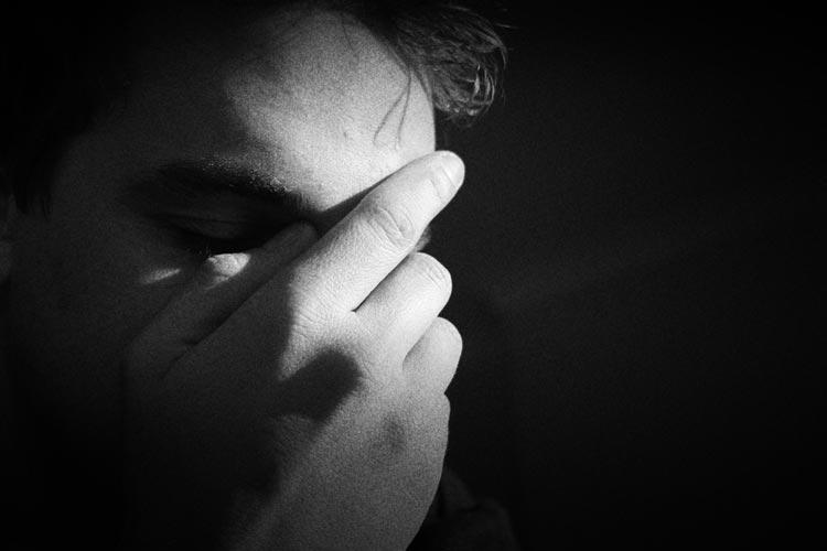 Allein in Deutschland erkranken der Stiftung Deutsche Depressionshilfe zufolge pro Jahr 5,3 Millionen an einer behandlungsbedürftigen Depression. Eine Studie zur Prävention von Krankheit und Stress in beruflichen Kontexten geht in Oldenburg in seine Umsetzung.