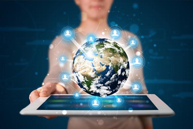 Das Lernen mit digitalen Medien eröffnet neue Möglichkeiten für den Erdkundeunterricht.