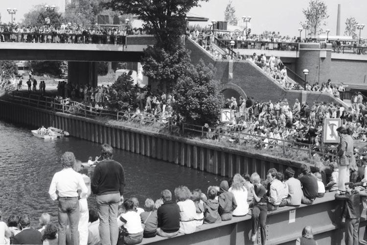 Eröffnung der neuen Amalienbrücke 1980.