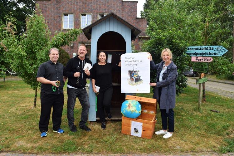 """Vor einem Jahr ging die Geocaching-Tour """"Klimaschätze in Oldenburg"""" an den Start. Jetzt wurde die Tour um drei Stationen erweitert."""