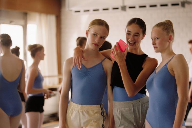 Szene aus Girl von Lukas Dhont.