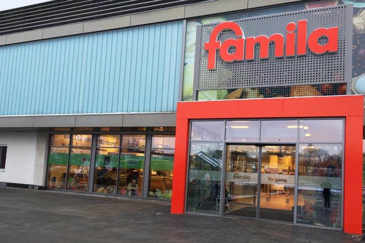 famila xxl in oldenburg zus tzlicher eingang in den supermarkt. Black Bedroom Furniture Sets. Home Design Ideas