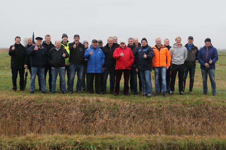 Die Landesverbände Oldenburg und Ostfriesland haben das Wettkampfgelände für das nächste Lokalderby der Klootschießer für gut befunden.