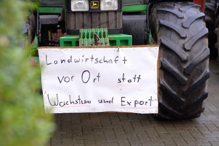 Das Agrarbündnis Niedersachsen ruft zu einer Demonstration unter dem Motto Bauernhöfe statt Agrarfabriken in Oldenburg auf.