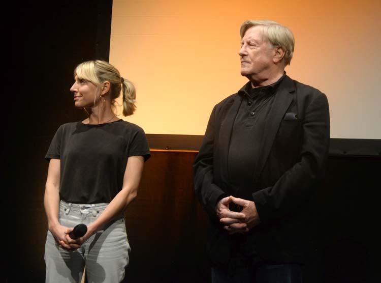 Die Redakteurin Judith Fülle und Schauspieler Manfred Zapatka stellten in der Exerzierhalle ihren TV-Film