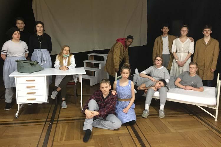 Das junge Theaterensemble der Oberschule Alexanderstraße wird am 19. November in Berlin für sein Stück über NS-Krankenmorde ausgezeichnet.