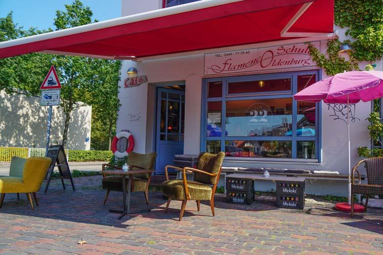 Präsentiert den ersten Osternburger Kreativmarkt: Das Café 22 in der Schulstraße im Sommer.