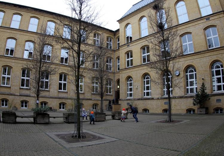 Der Unterricht an den Schulen in Niedersachsen fällt ab Montag aus.