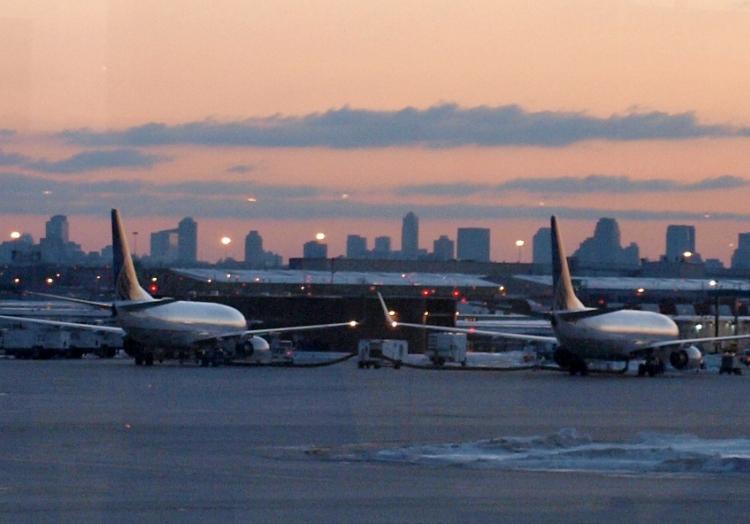 Flugzeuge am Flughafen Newark bei New York, über dts Nachrichtenagentur