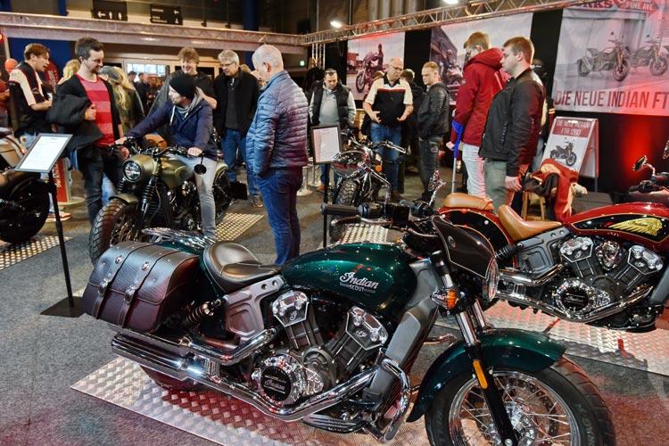 Die Motorrad Show in den Weser-Ems Hallen Oldenburg startet durch und bietet eine  Kombination aus Neuheiten, rasantem Showprogramm und jeder Menge Informationen rund ums heiße Stahlross.