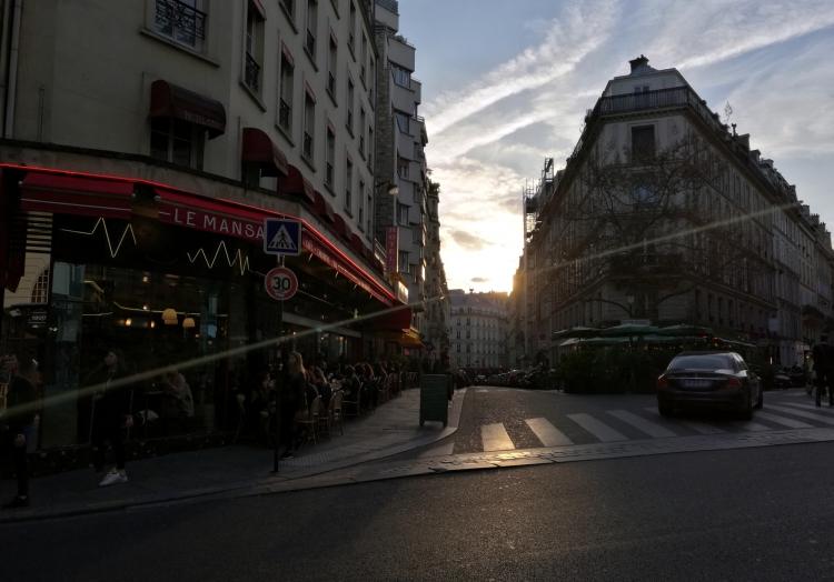 Cafes in Paris, über dts Nachrichtenagentur