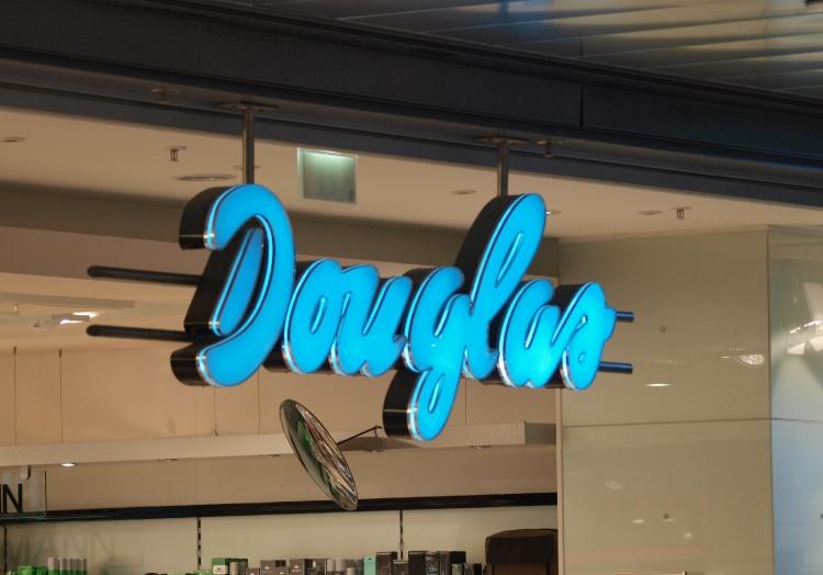 Douglas-Filiale, über dts Nachrichtenagentur