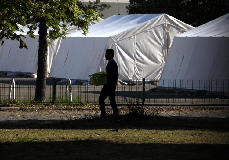 Flüchtling in einer ´Zeltstadt´, über dts Nachrichtenagentur