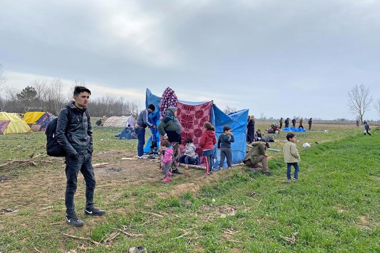Flüchtlingszelt bei Parzakule.
