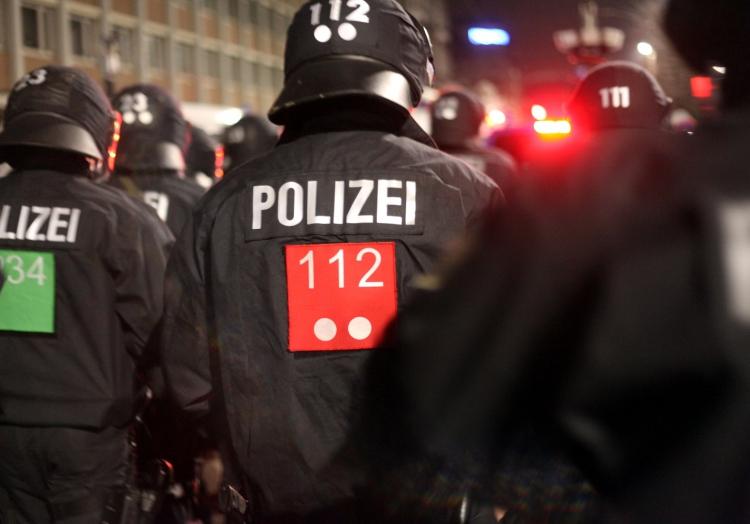 Polizei bei Demo, über dts Nachrichtenagentur